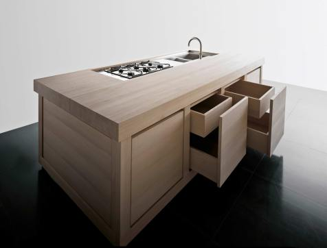 100% Wood | Kitchen Studio of Naples