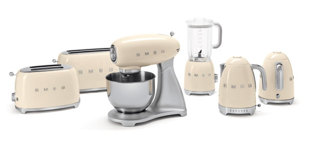 Smeg 50's Retro Small Appliances | KitchAnn Style