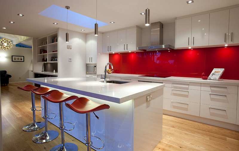 Modern Red Kitchen Inspiration | KitchAnn Style