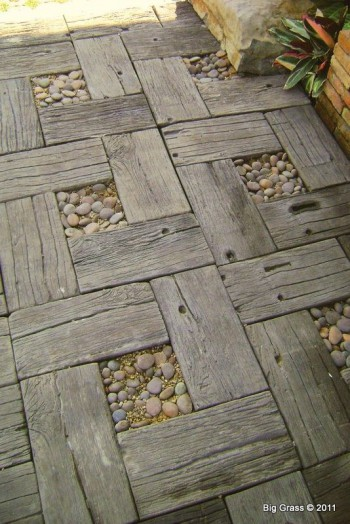 Outdoor Ideas for Rustic planks  |KitchAnn Style