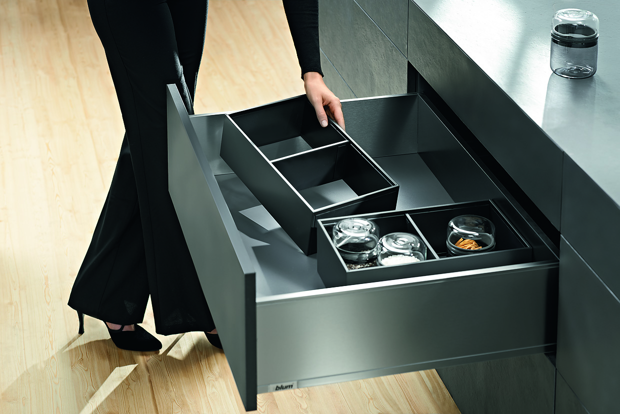 legrabox by blum kitchen studio of naples inc. Black Bedroom Furniture Sets. Home Design Ideas