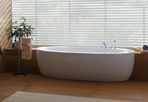 2015 Bathroom Trends: Semi-Recessed Tubs | KitchAnn Style