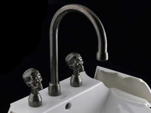 Skull Von Bronze - Masculine Fixtures| KitchAnn Style