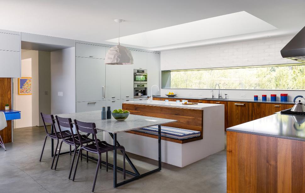 7 Fresh Kitchen Banquettes – Kitchen Studio of Naples, Inc.