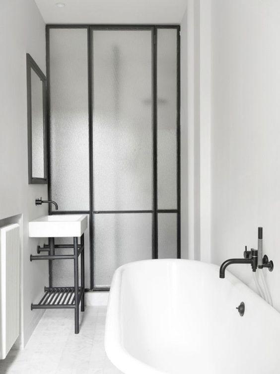Heavy Texture Shower Enclosure | KitchAnn Style